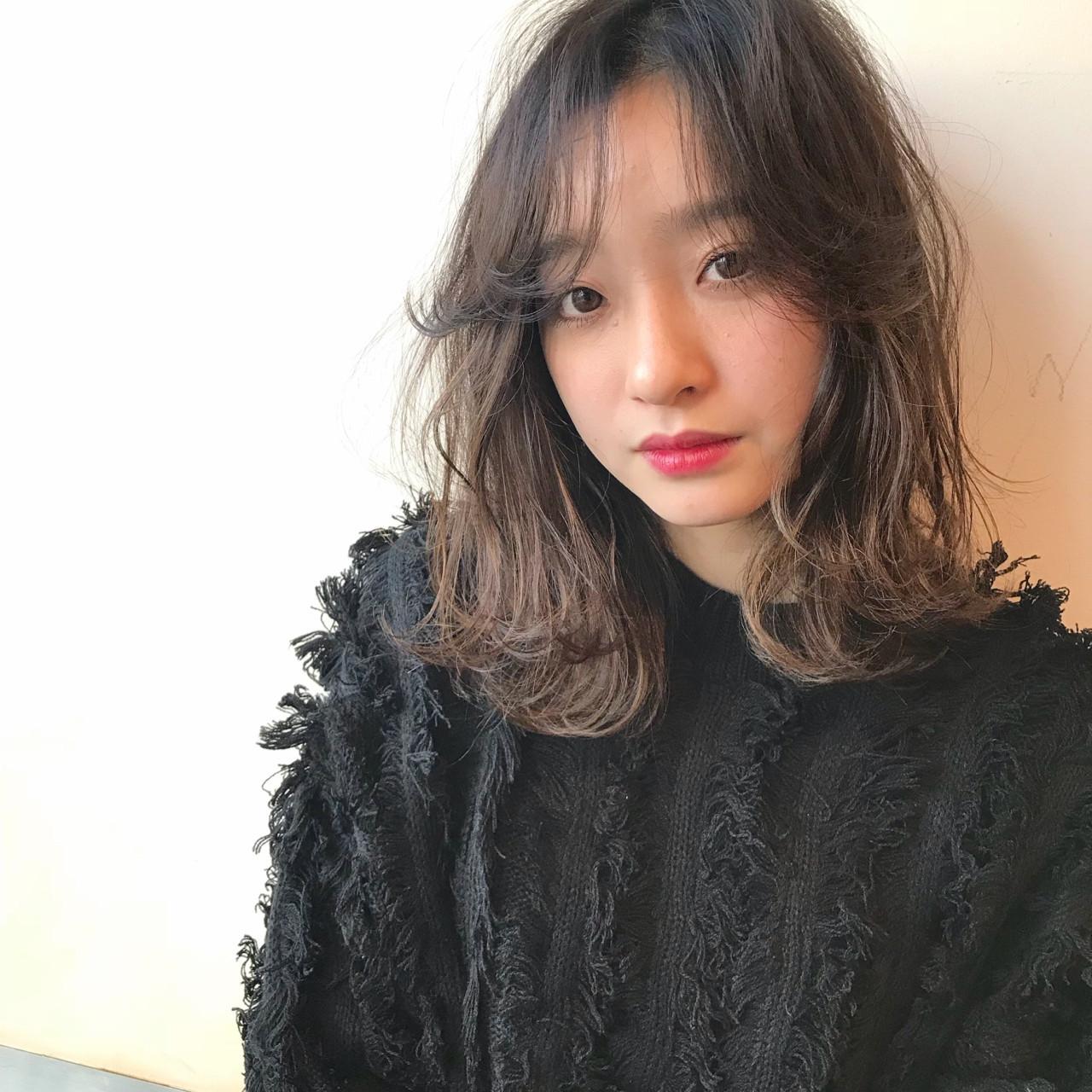 シアカラー×ローライトのアクセントヘア 遠井 春彦