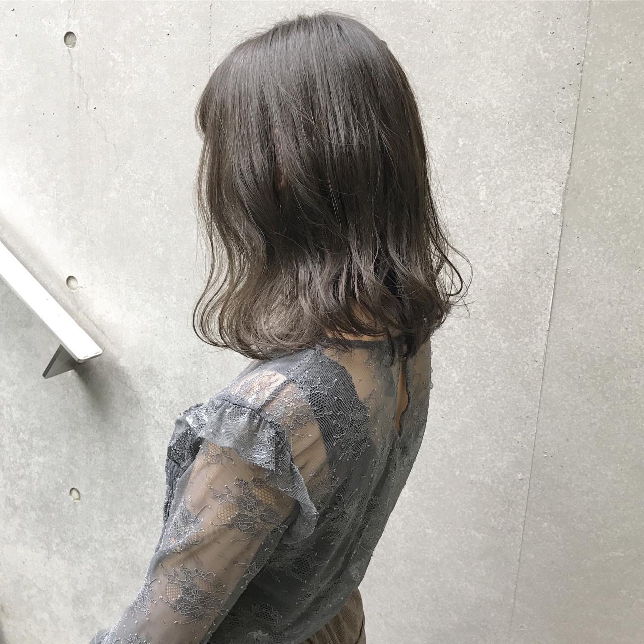 ふんわり透明感が魅力♡のミディアムヘア SHUN