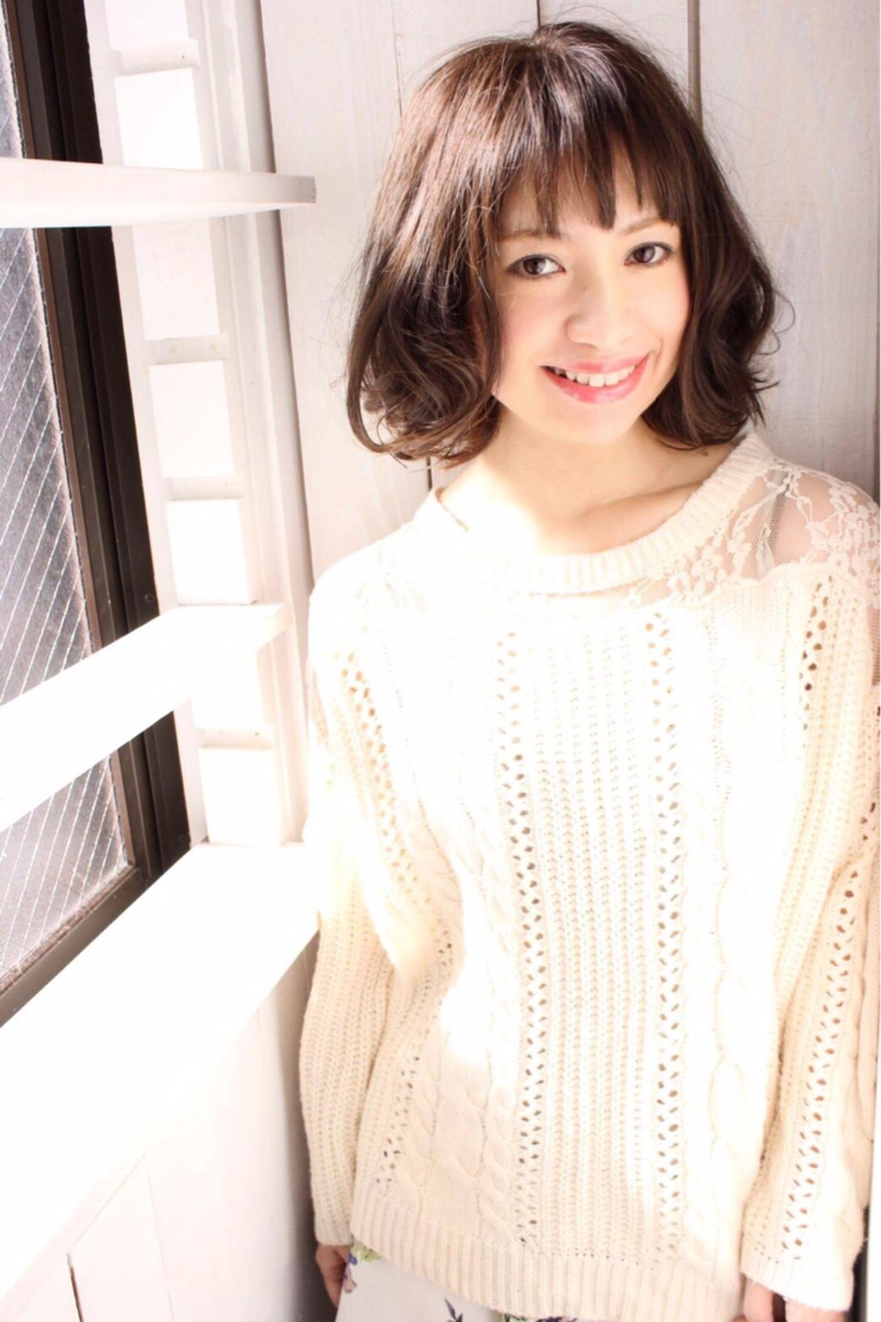優しげなふんわり前髪でフェミニンに nanako.k