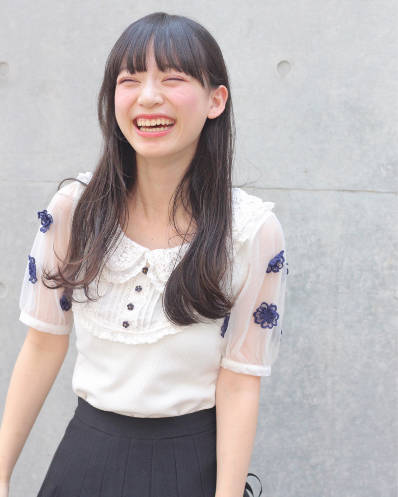 眉毛が隠れたぱっつん前髪で女性らしさUP♡ Wataru Maeda | cache cache