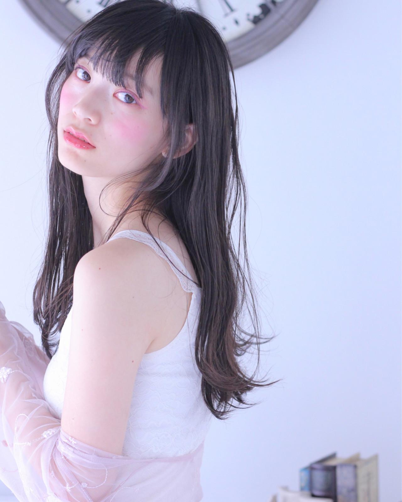 美人を目指すなら黒髪ロングのオルチャンヘア Wataru Maeda | cache cache