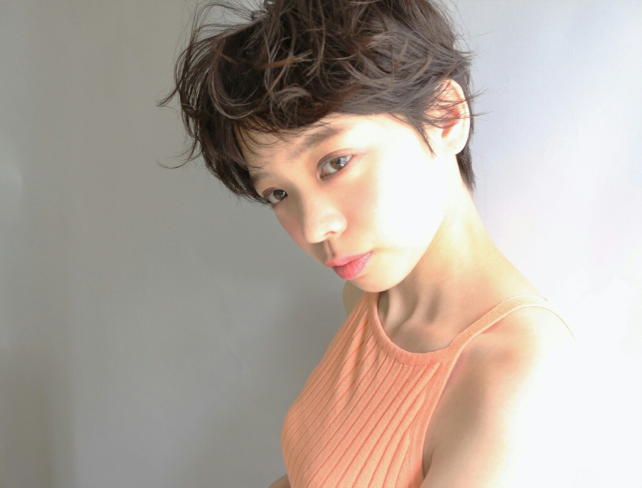 無造作が素敵な美人ベリーショート Kenji Watanabe
