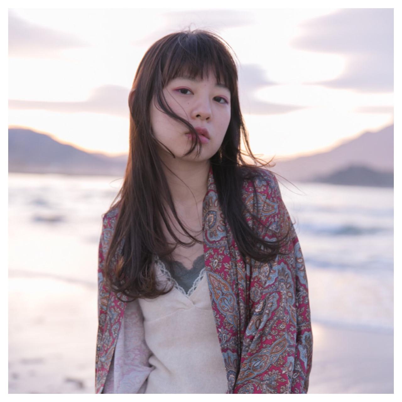 ストレートロングヘアを楽しもう! Emiko Nakanishi