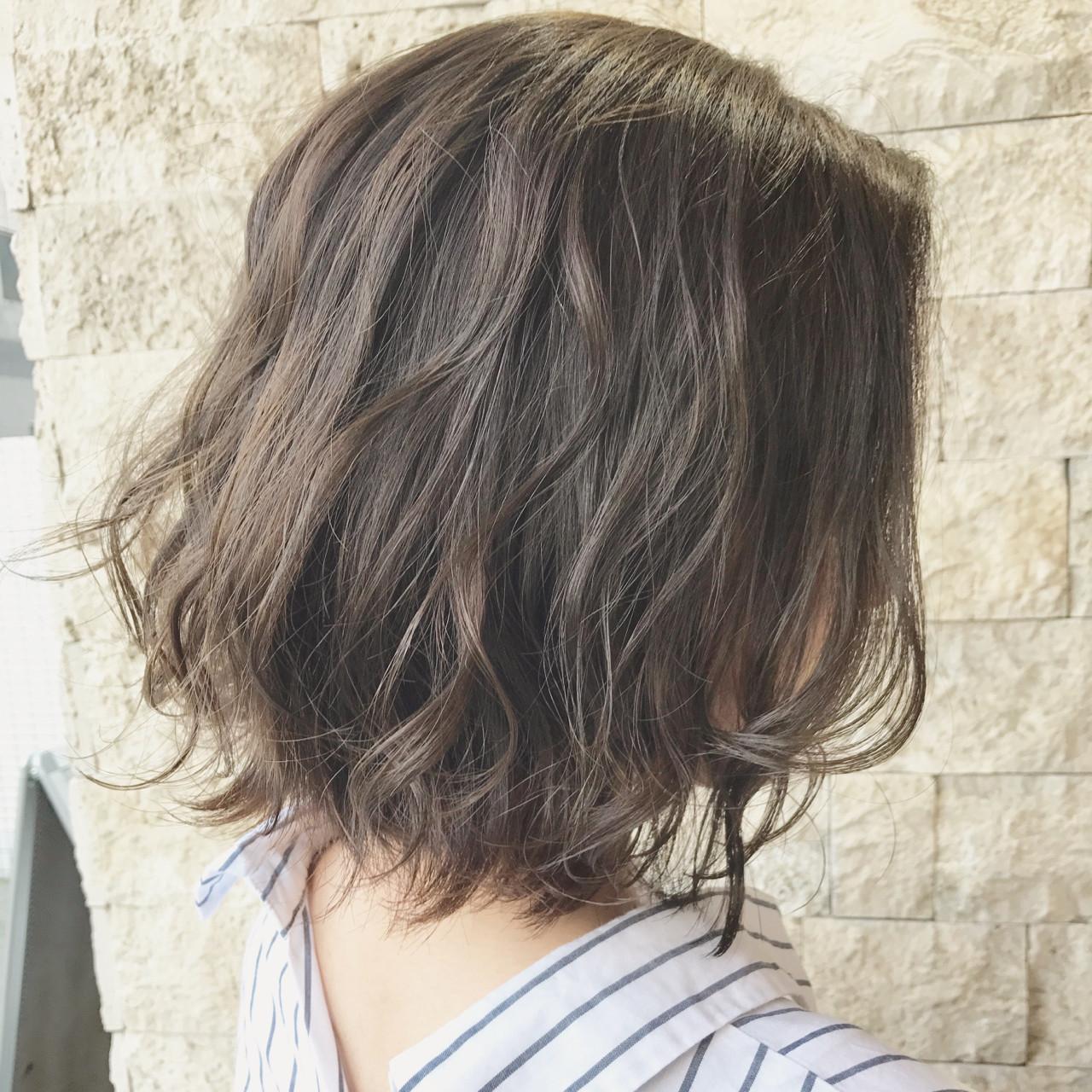 大人かわいい ラフ アンニュイ アッシュベージュ ヘアスタイルや髪型の写真・画像