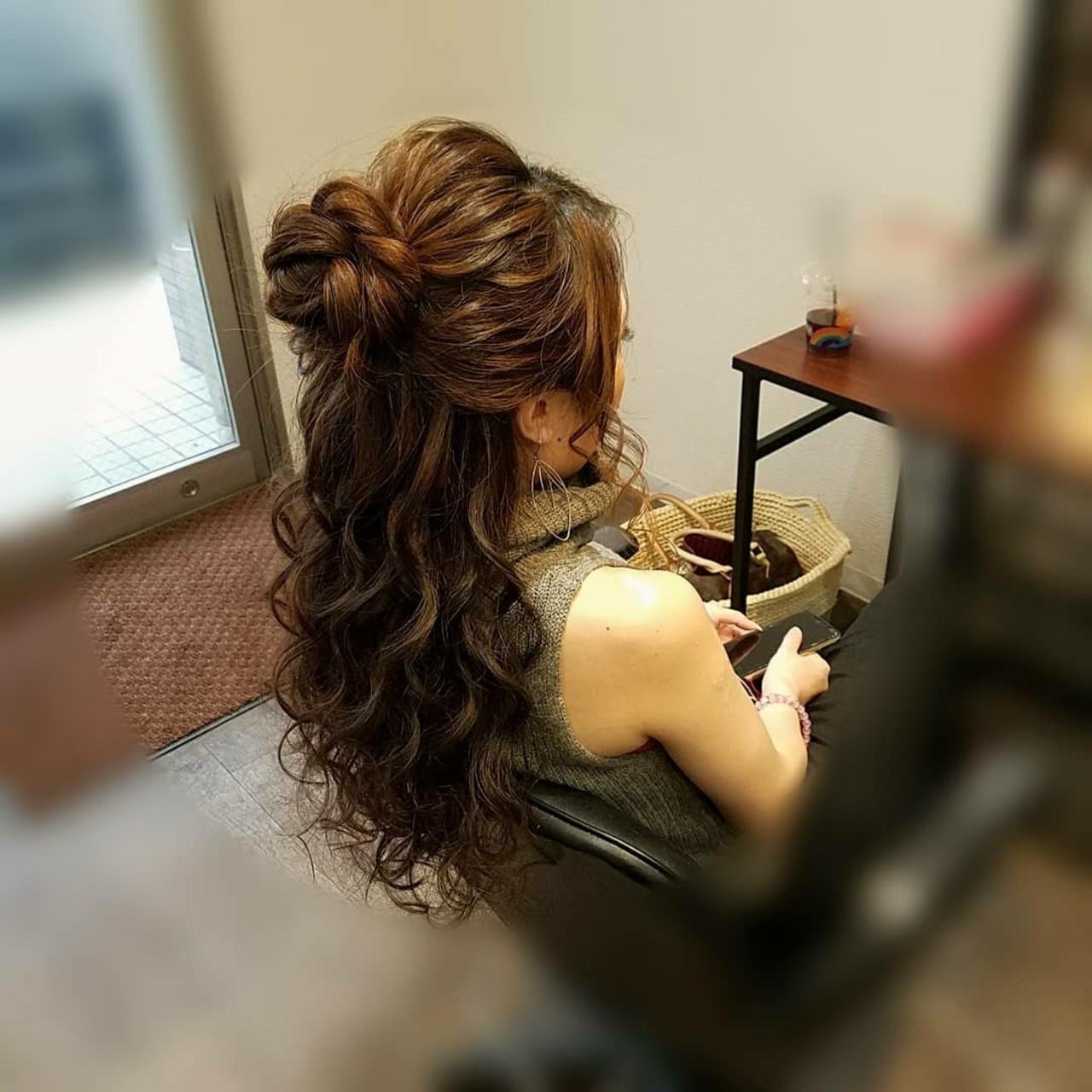 お団子 ヘアアレンジ フェミニン ロング ヘアスタイルや髪型の写真・画像
