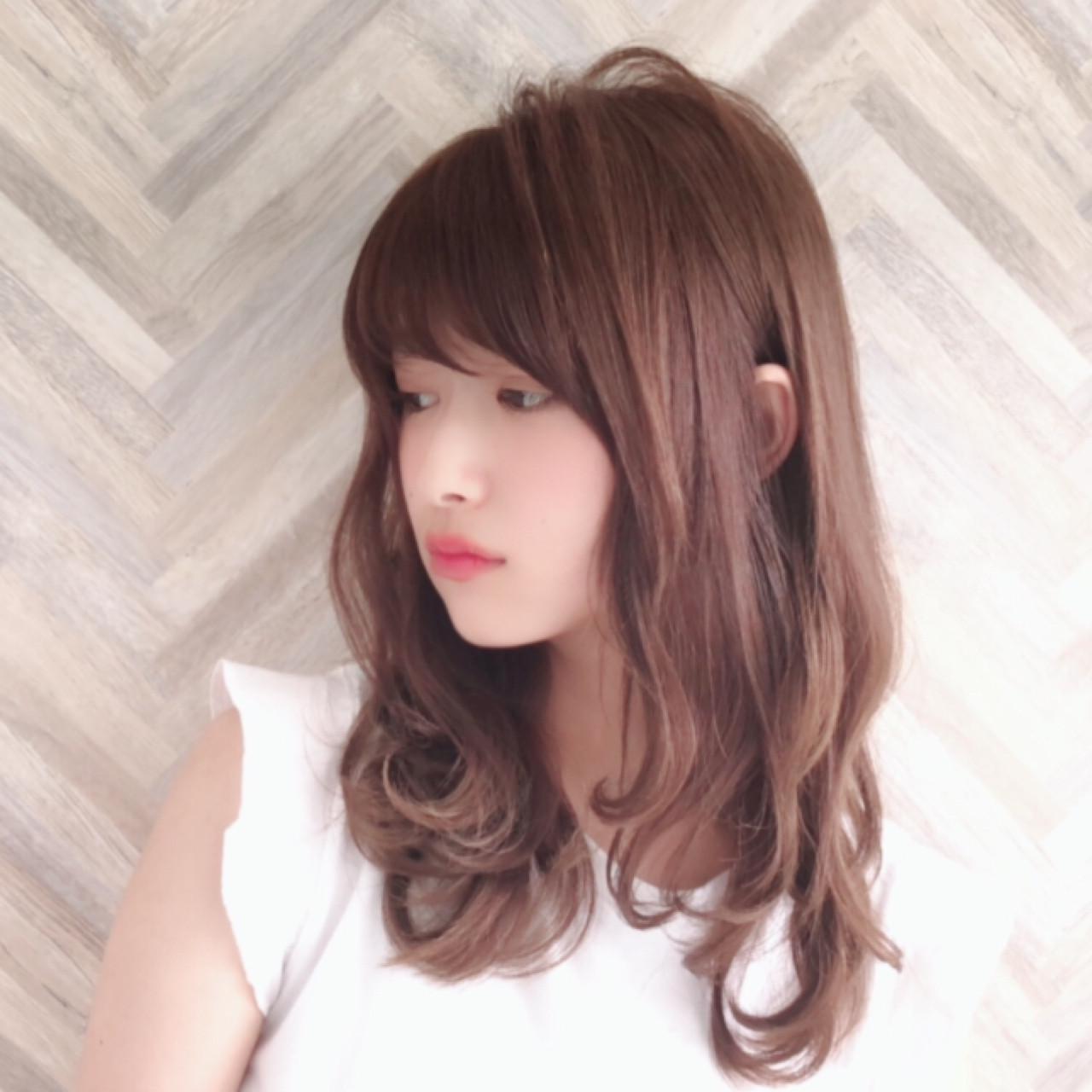大人かわいい フェミニン ロング パーマ ヘアスタイルや髪型の写真・画像