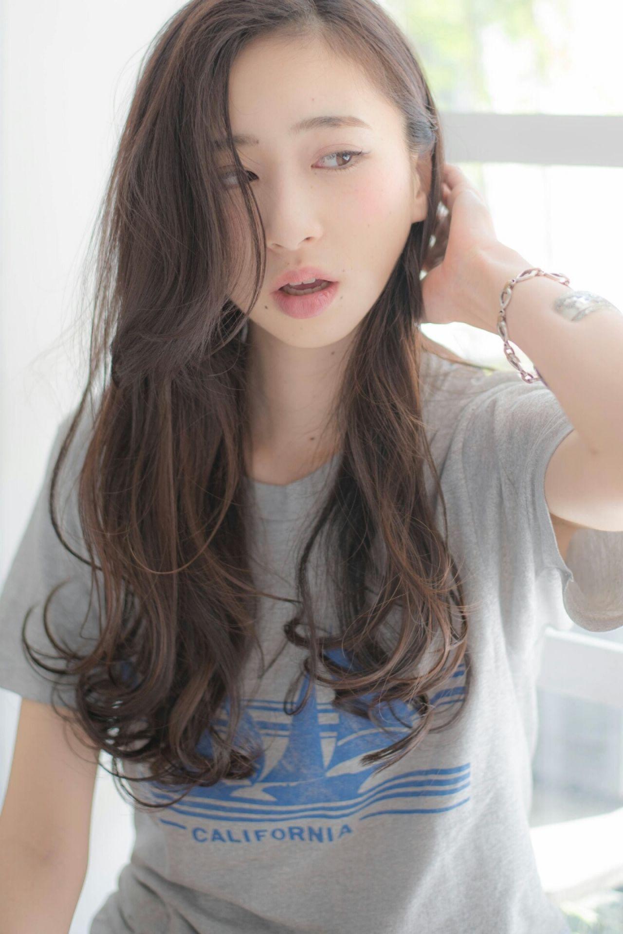 長め前髪が大人っぽ♡エアリー感満点ロング 淀川 純