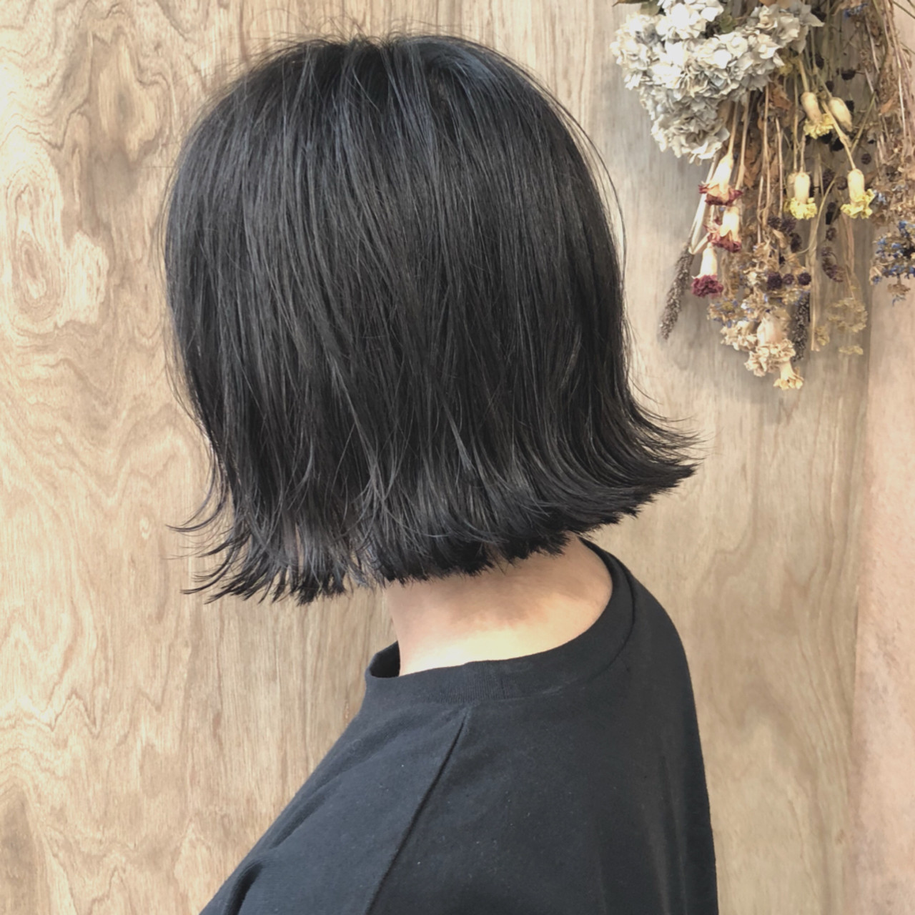 ナチュラルな黒髪ボブを外ハネで今風に 松井勇樹  TWiGGY 歩行町店