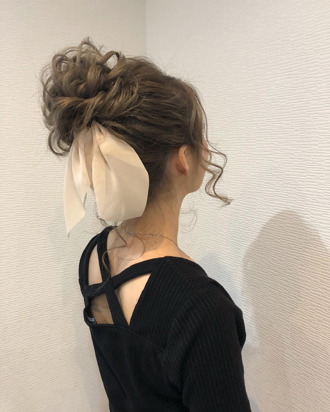 フェミニン ヘアアレンジ お団子 アップスタイル ヘアスタイルや髪型の写真・画像