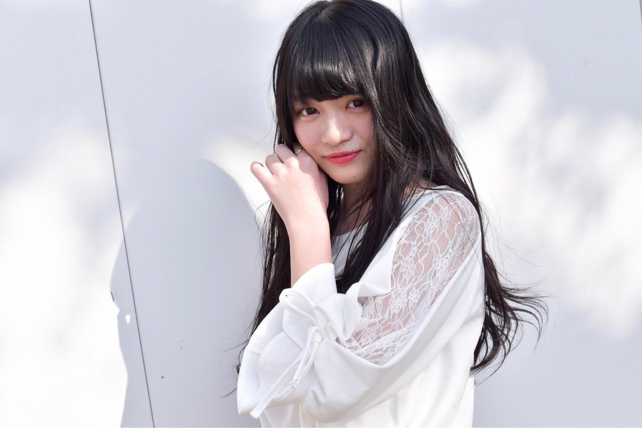 アンニュイ 暗髪 外国人風 ゆるふわ ヘアスタイルや髪型の写真・画像