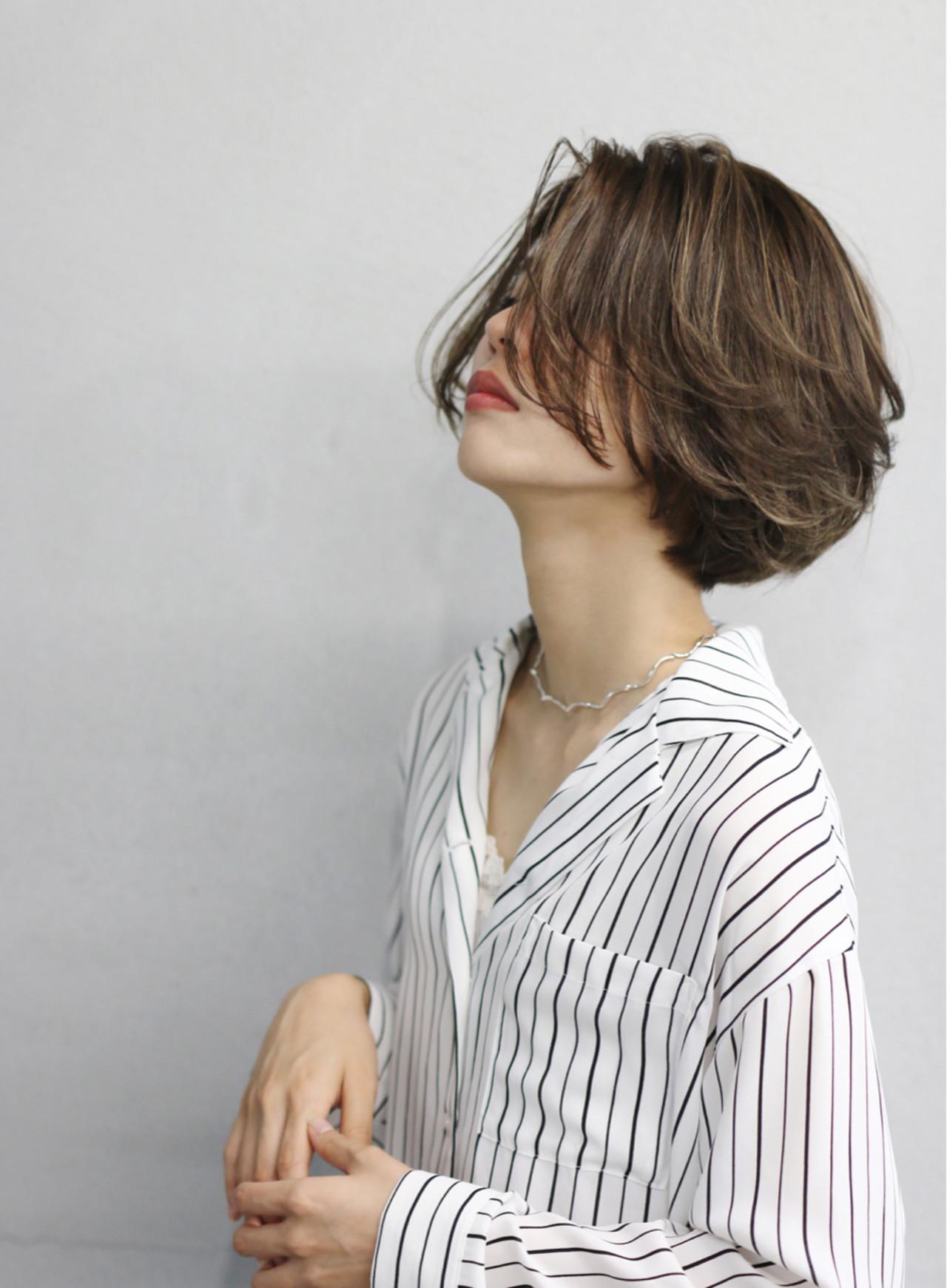 ハイライト 簡単 切りっぱなし ワンレングス ヘアスタイルや髪型の写真・画像