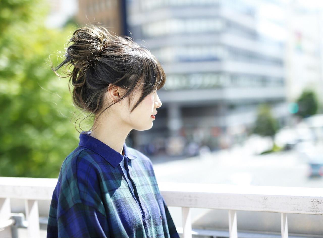 お団子 簡単 ミディアム ヘアアレンジ ヘアスタイルや髪型の写真・画像
