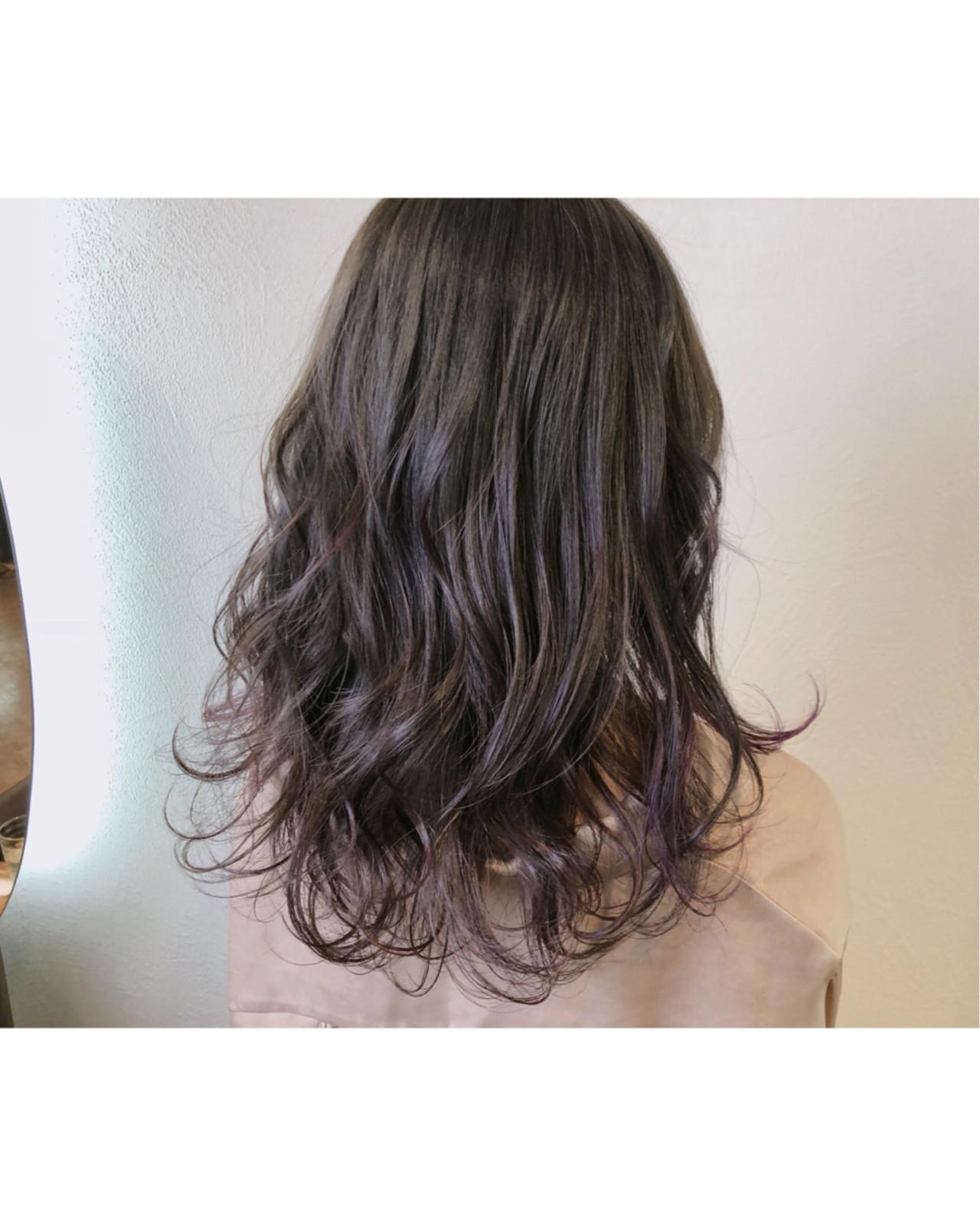 アッシュ ラベンダーアッシュ アッシュグレージュ セミロング ヘアスタイルや髪型の写真・画像