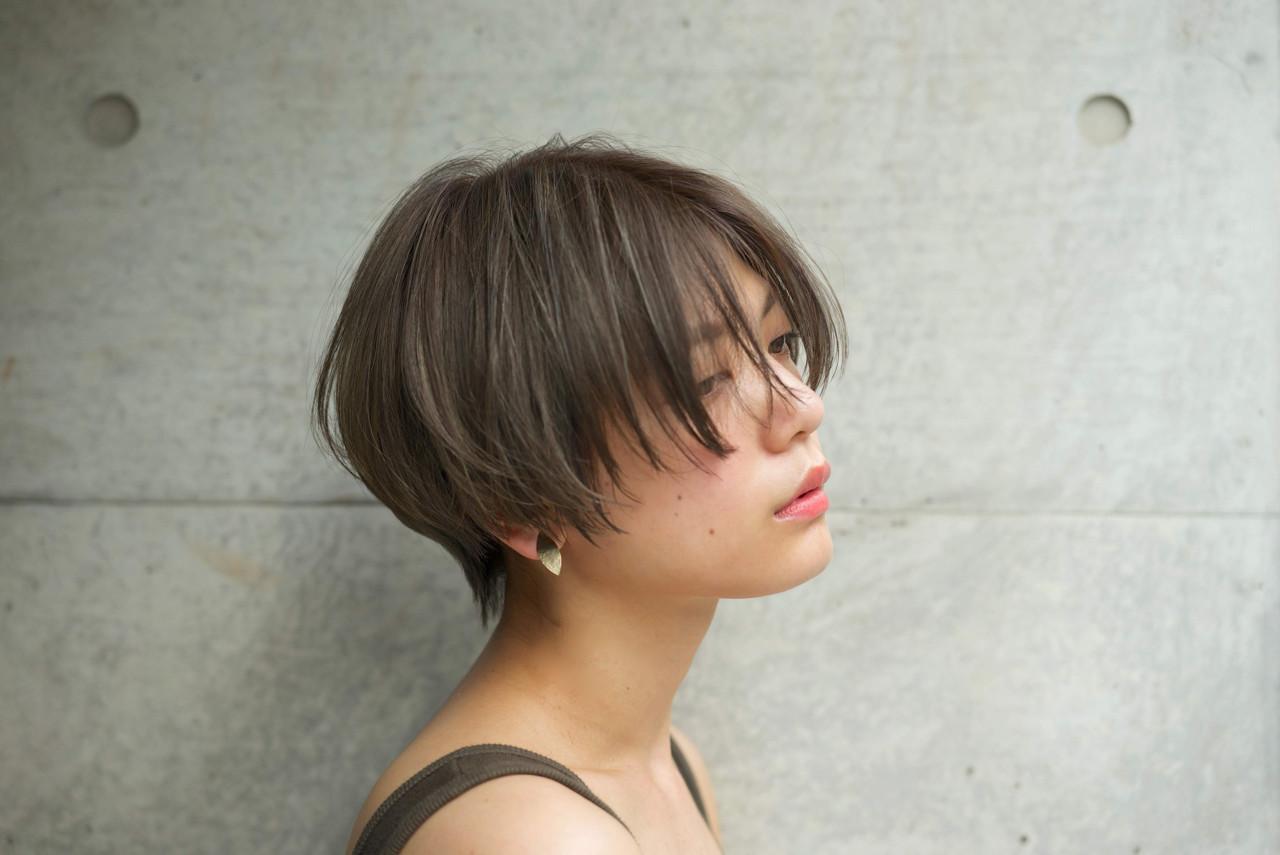 涼しげ ショート 大人かわいい パーマ ヘアスタイルや髪型の写真・画像