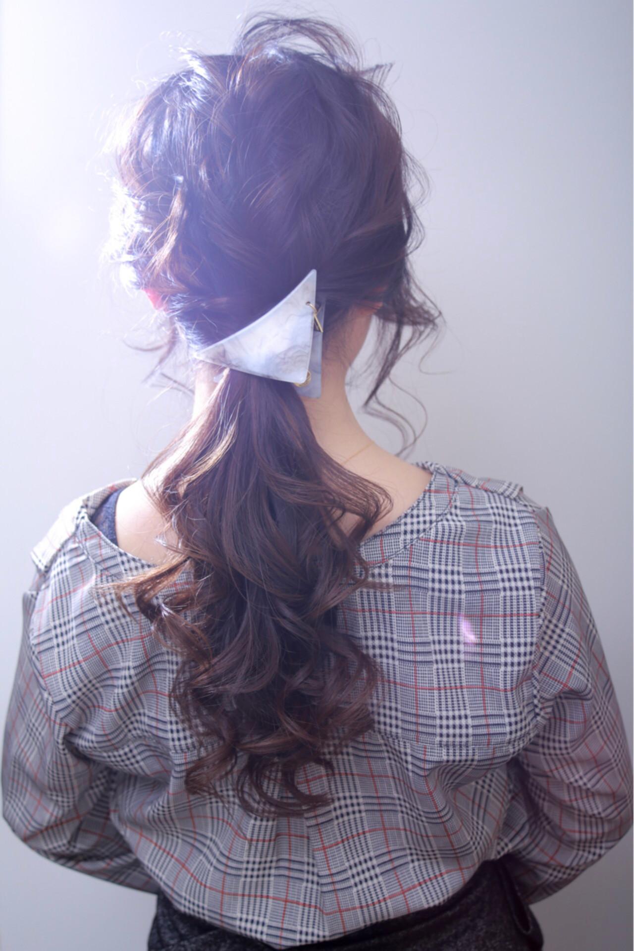 結婚式 ゆるふわ ポニーテール オフィス ヘアスタイルや髪型の写真・画像