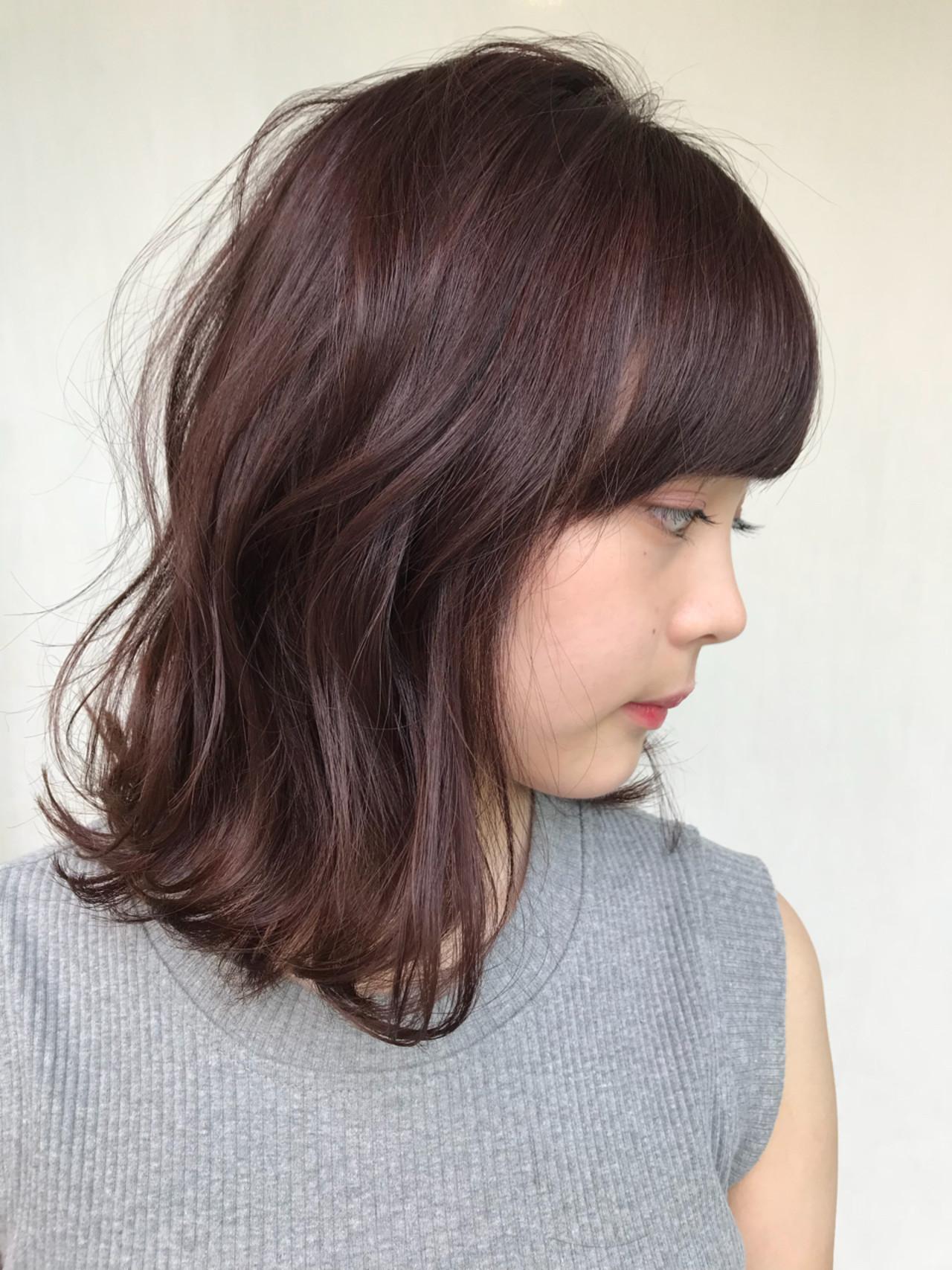 ピンクアッシュ ピンク ベージュ レッド ヘアスタイルや髪型の写真・画像
