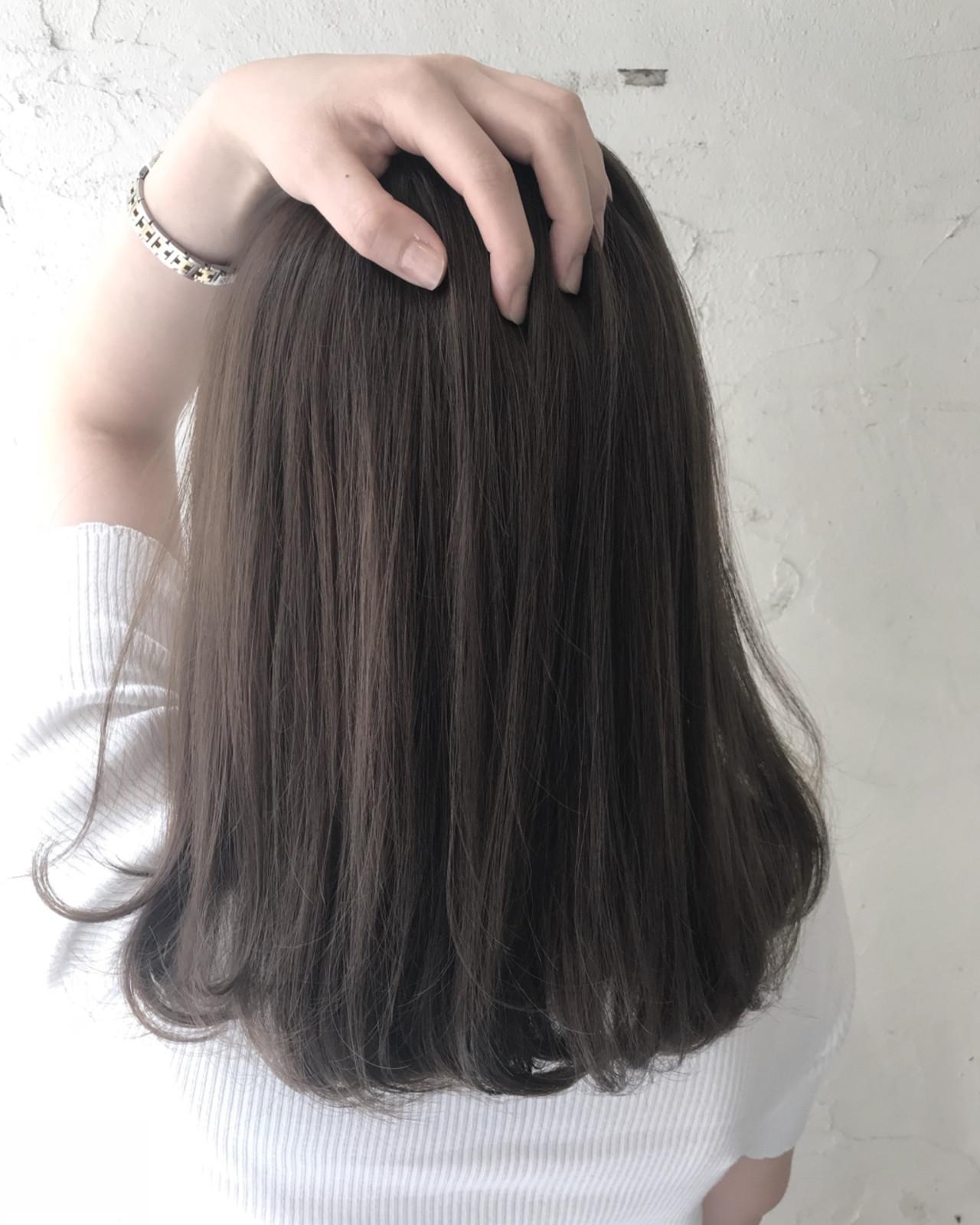 暗髪 外国人風 ミディアム ナチュラル ヘアスタイルや髪型の写真・画像