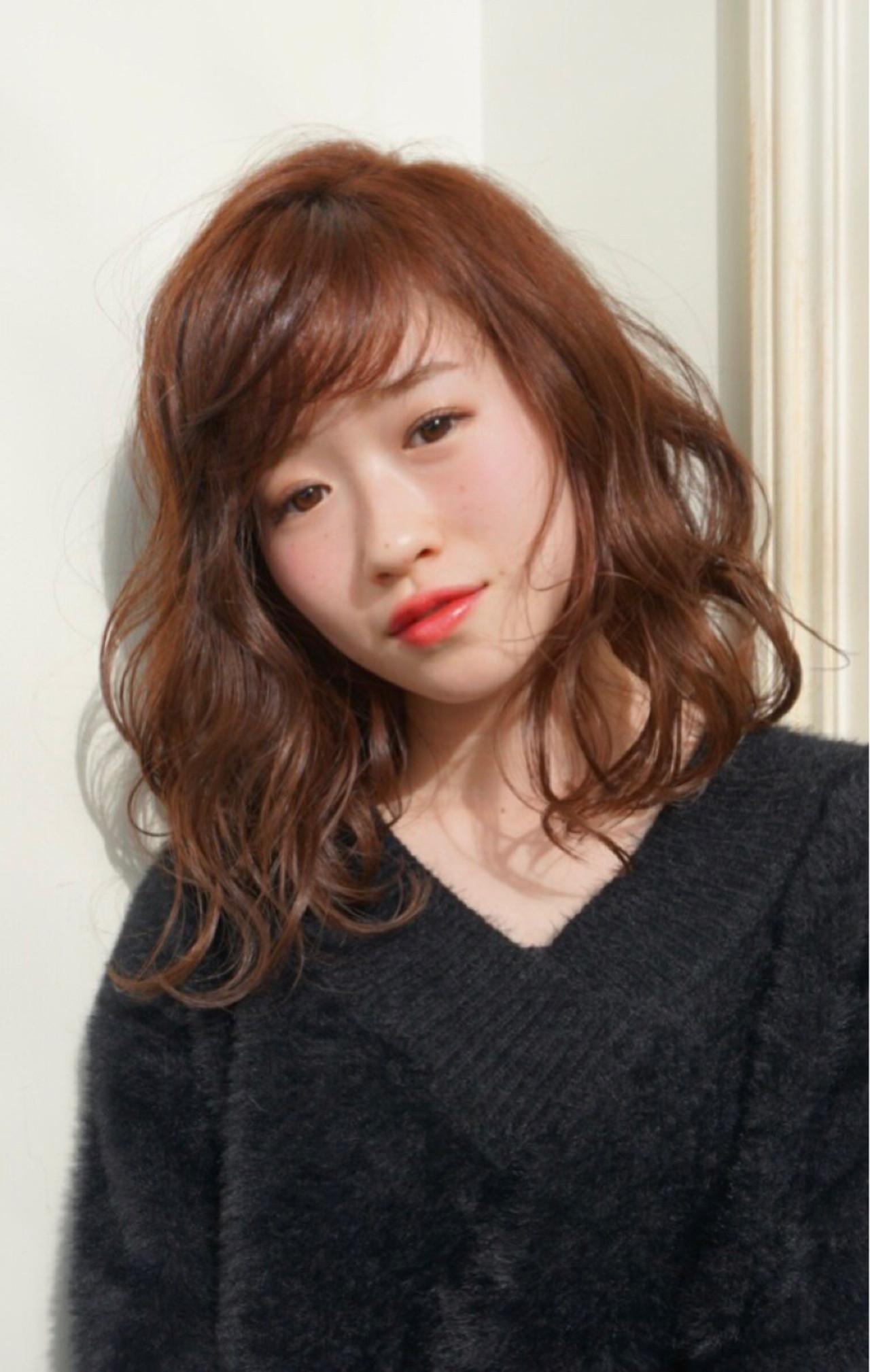 ミディアム 伸ばしかけ 女子力 オフィス ヘアスタイルや髪型の写真・画像