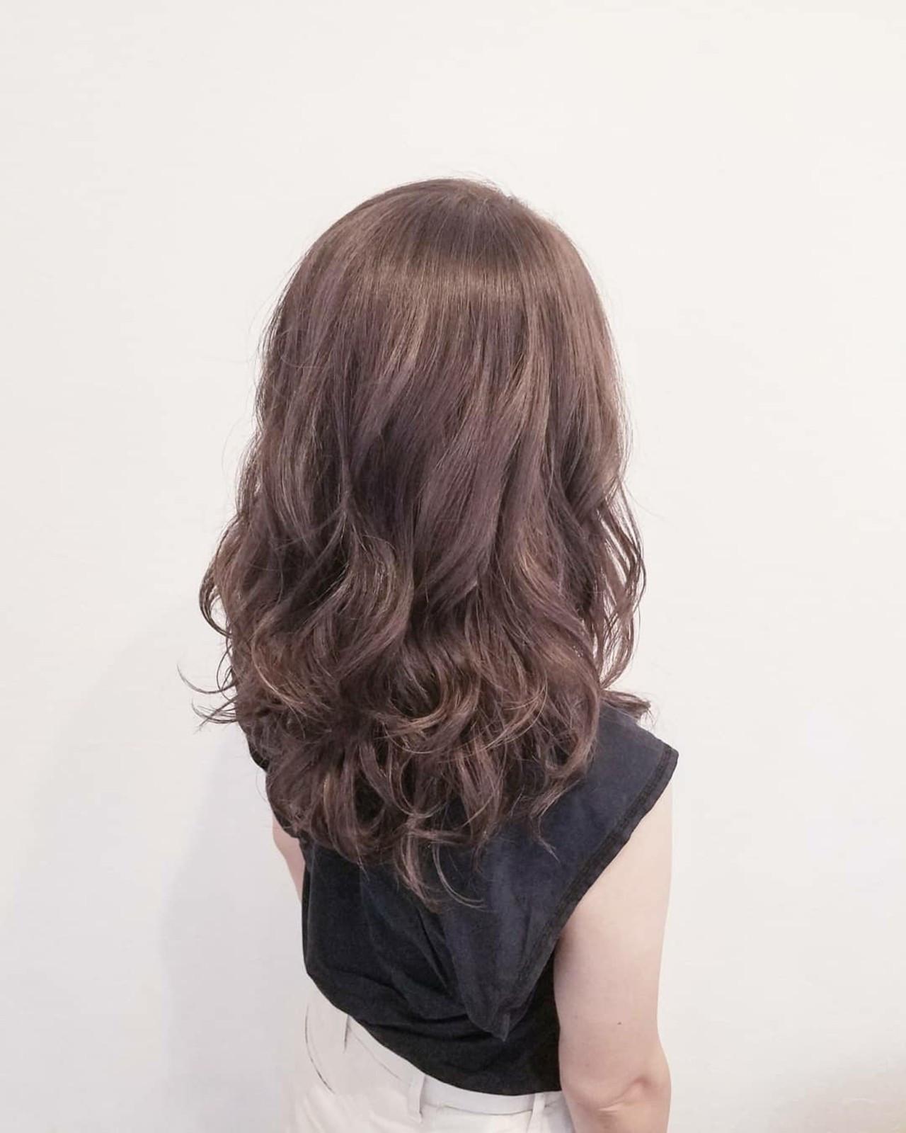 ハイライト エフォートレス フェミニン オフィス ヘアスタイルや髪型の写真・画像