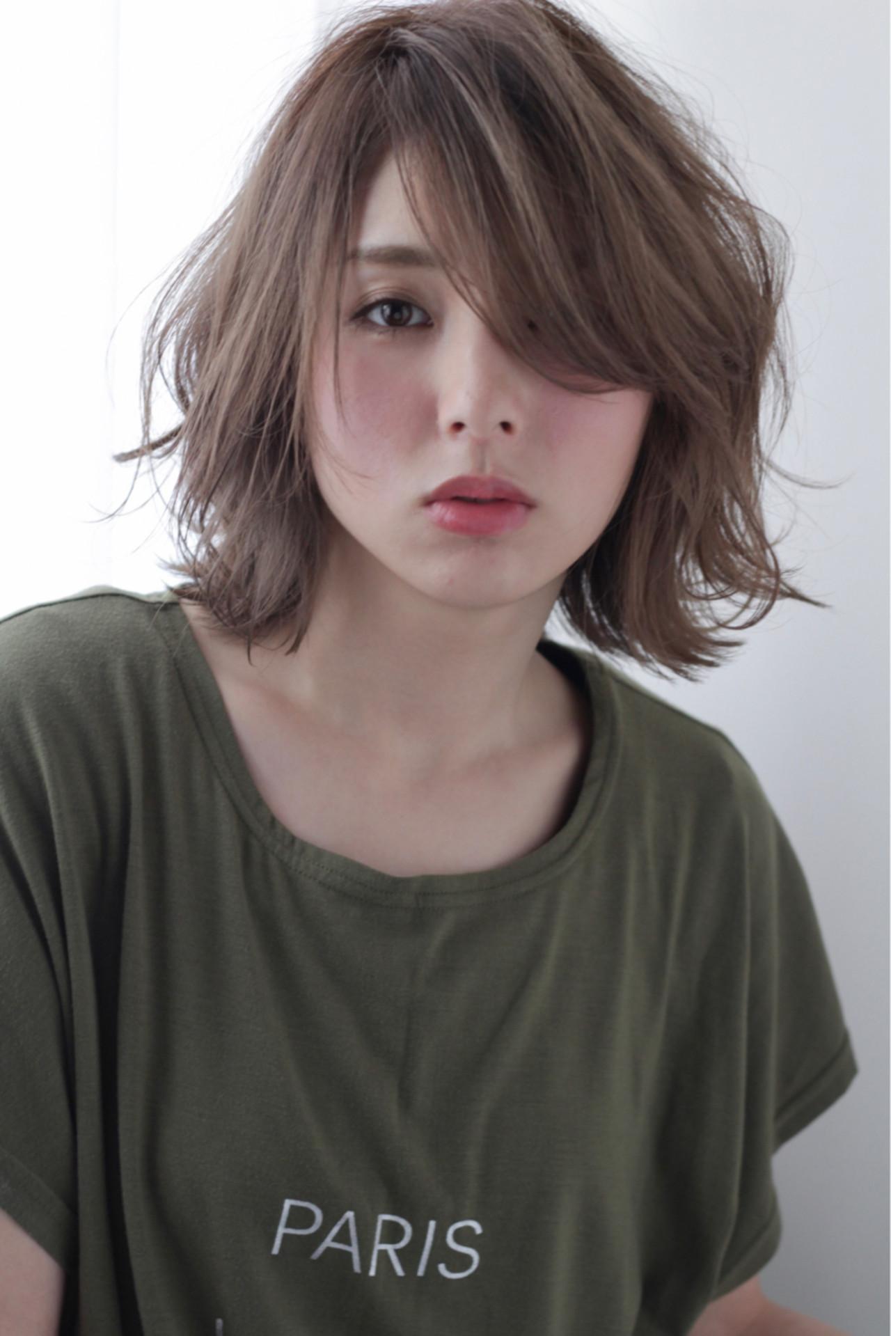 おフェロ ボブ うざバング フェミニン ヘアスタイルや髪型の写真・画像