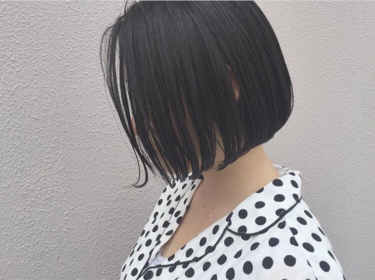 ボブ 黒髪 ナチュラル 切りっぱなし ヘアスタイルや髪型の写真・画像
