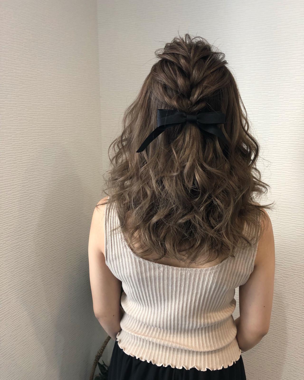 ヘアアレンジ ミディアム 前髪アレンジ 編み込み ヘアスタイルや髪型の写真・画像