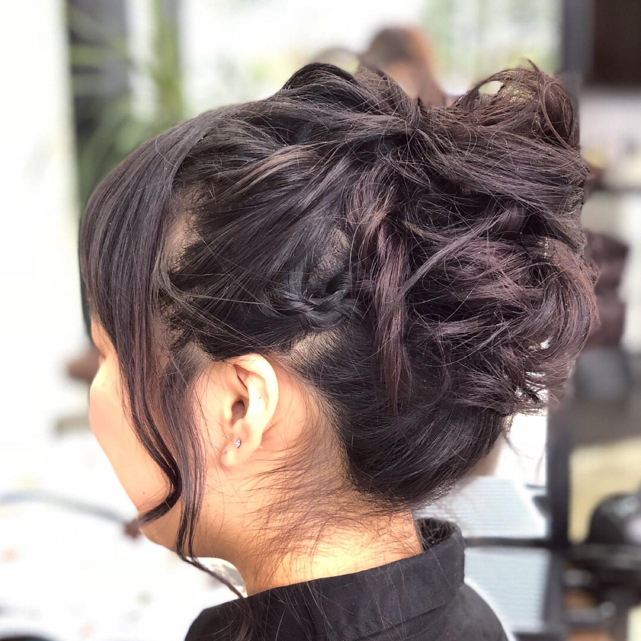 ガーリー ミディアム お団子 結婚式 ヘアスタイルや髪型の写真・画像