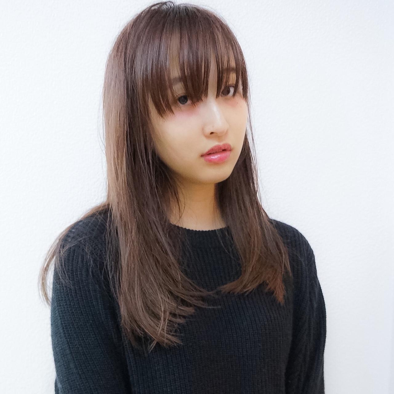 イルミナカラー ロング 外国人風 シースルーバング ヘアスタイルや髪型の写真・画像
