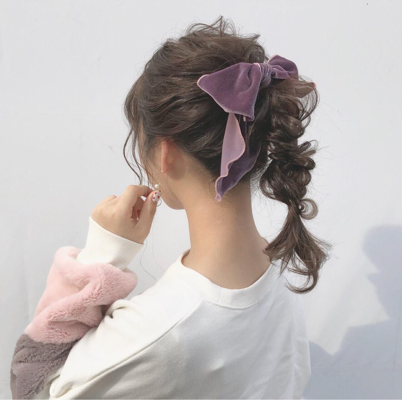 セミロング ガーリー ヘアアレンジ デート ヘアスタイルや髪型の写真・画像