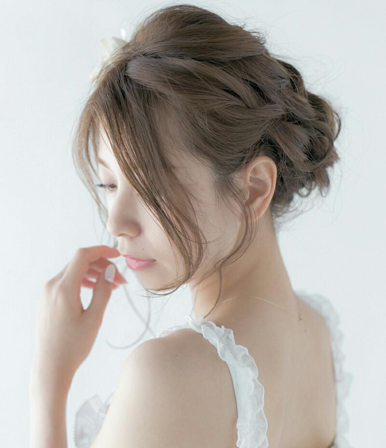 ねじり セミロング パーティ 結婚式 ヘアスタイルや髪型の写真・画像