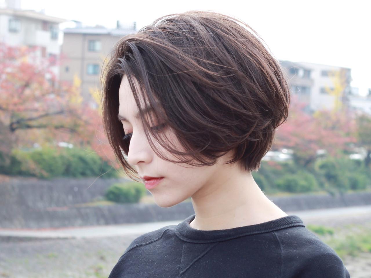 アッシュグレージュ ナチュラル グレージュ ボブ ヘアスタイルや髪型の写真・画像