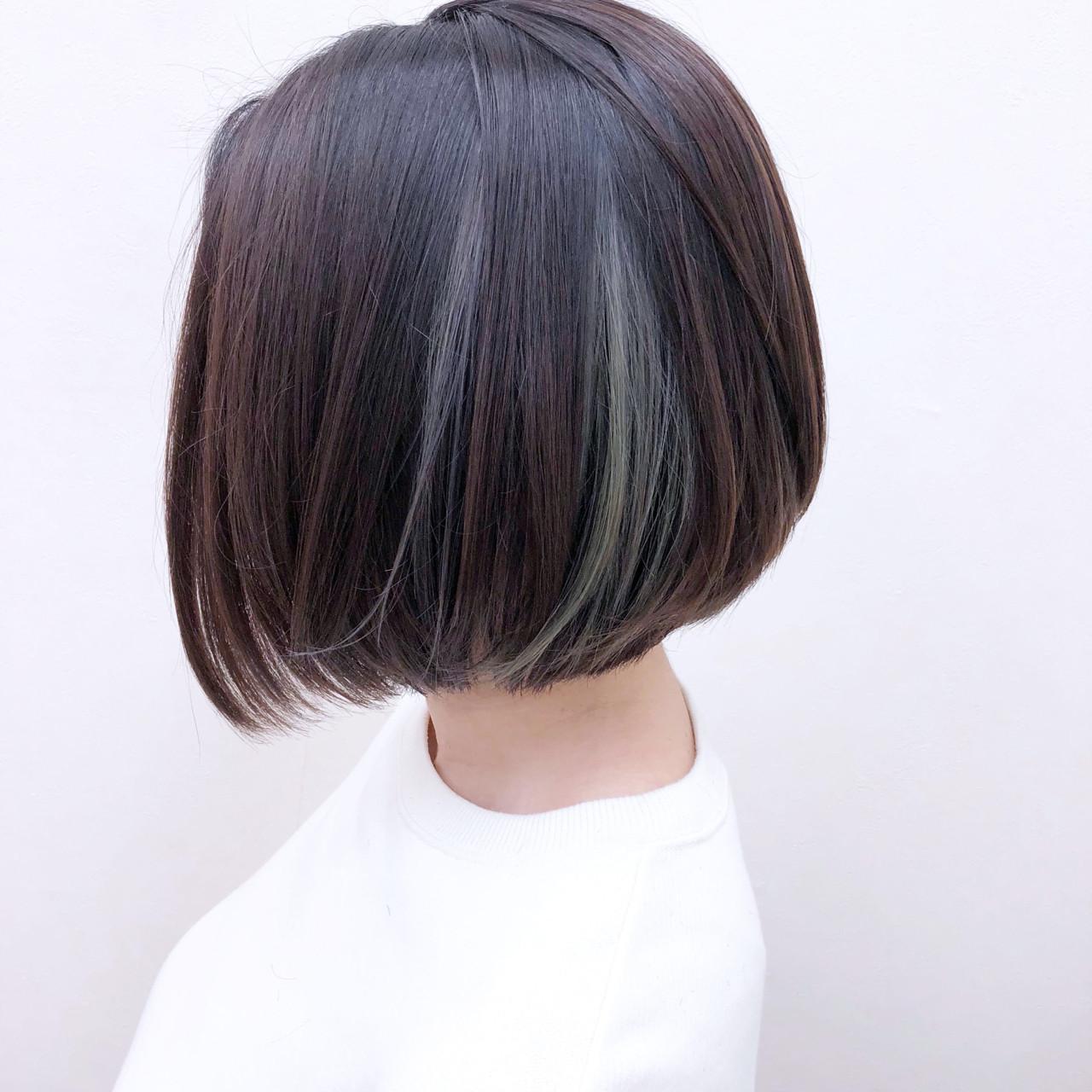 グレージュ インナーカラー 暗髪 ボブ ヘアスタイルや髪型の写真・画像
