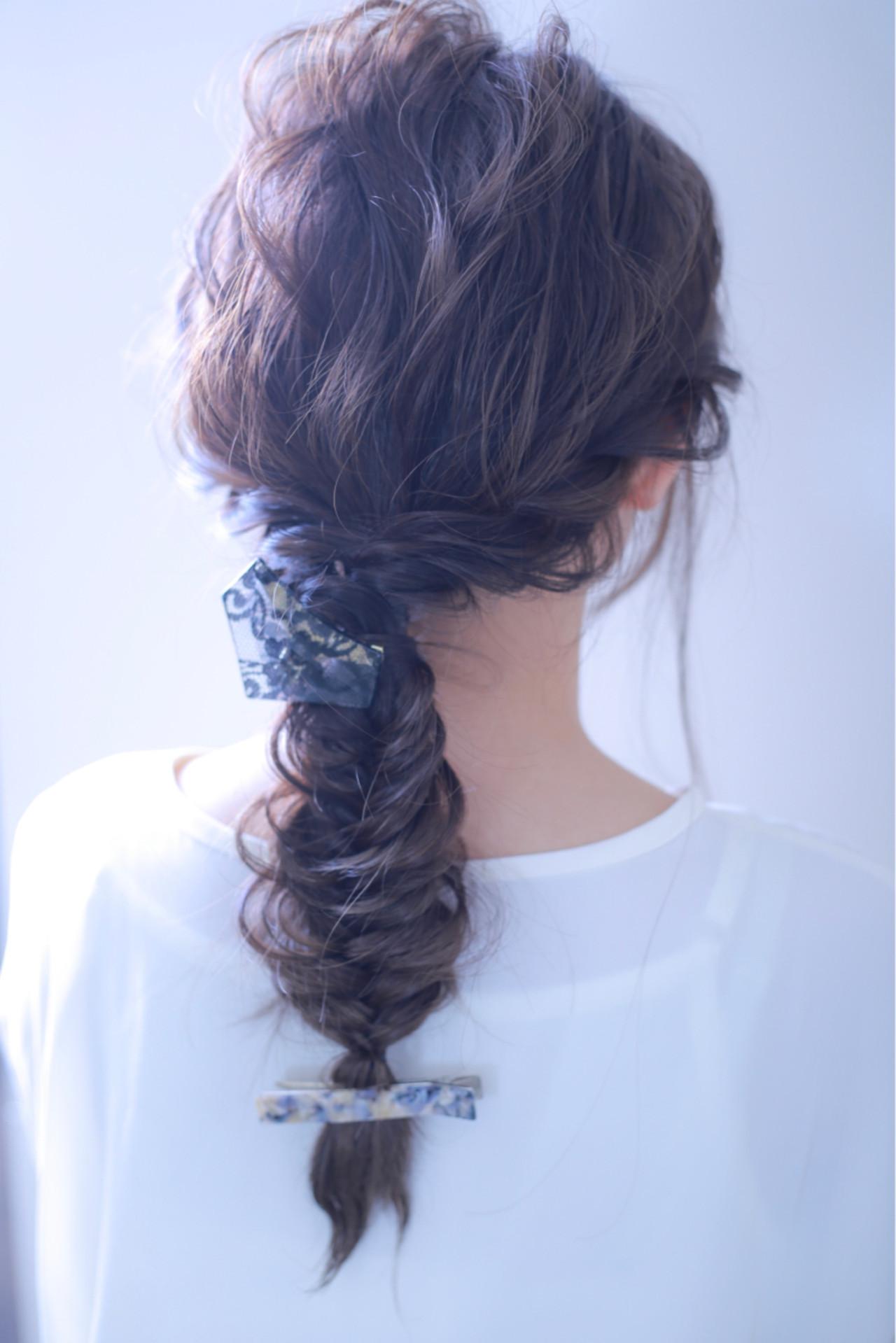 ロング ヘアアレンジ ナチュラル 透明感 ヘアスタイルや髪型の写真・画像