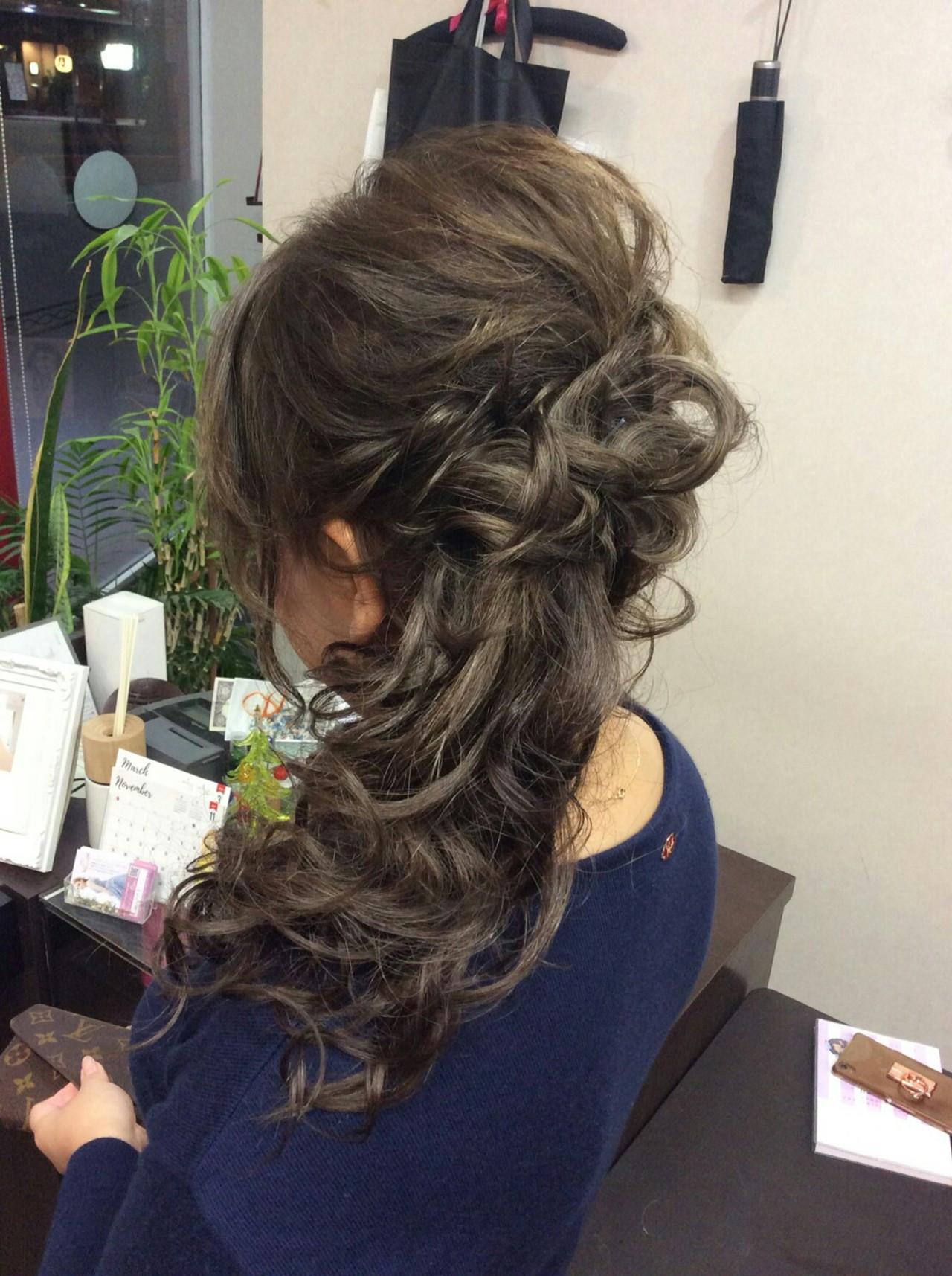ヘアアレンジ ロング ナチュラル ポニーテール ヘアスタイルや髪型の写真・画像