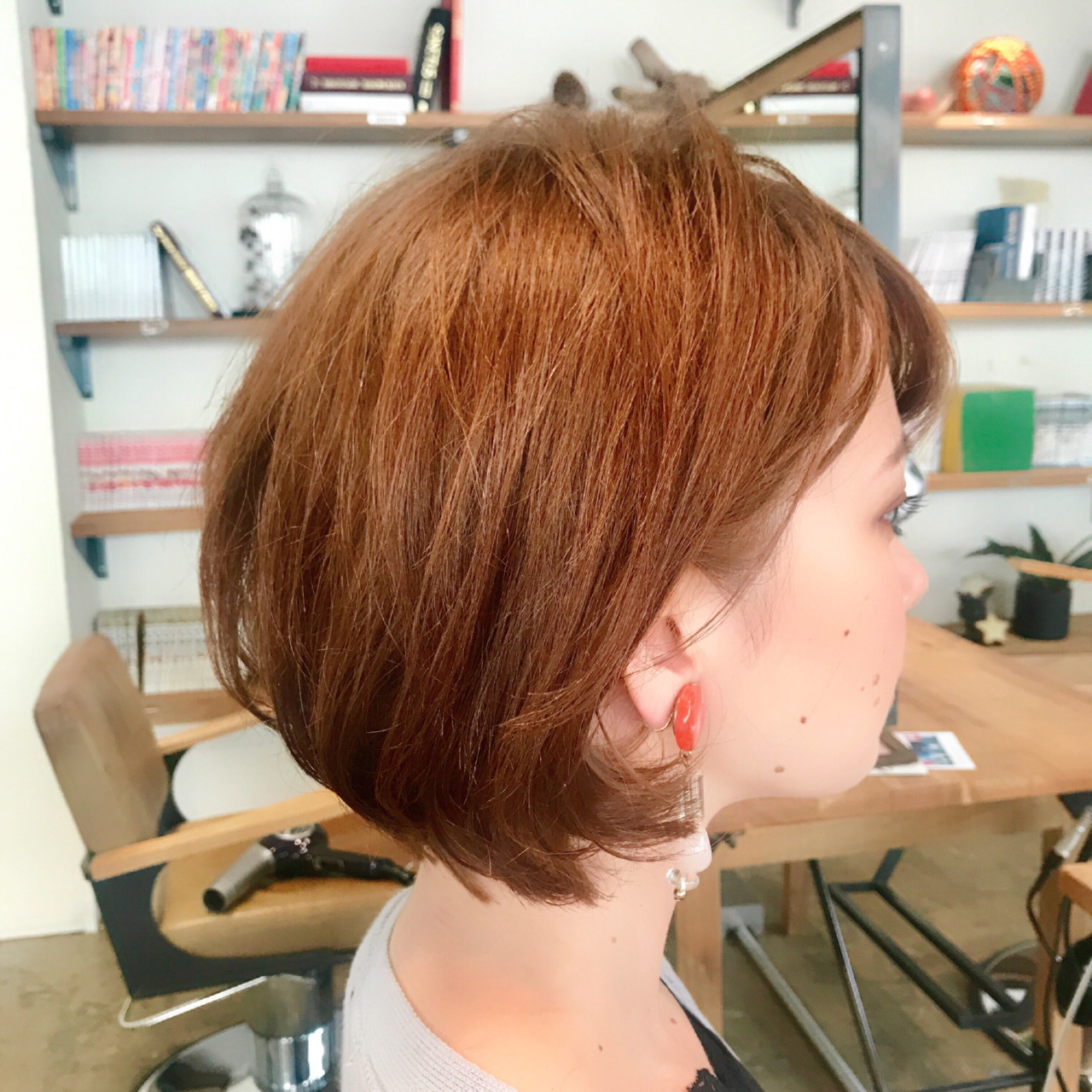 小顔 ナチュラル 秋 ショート ヘアスタイルや髪型の写真・画像