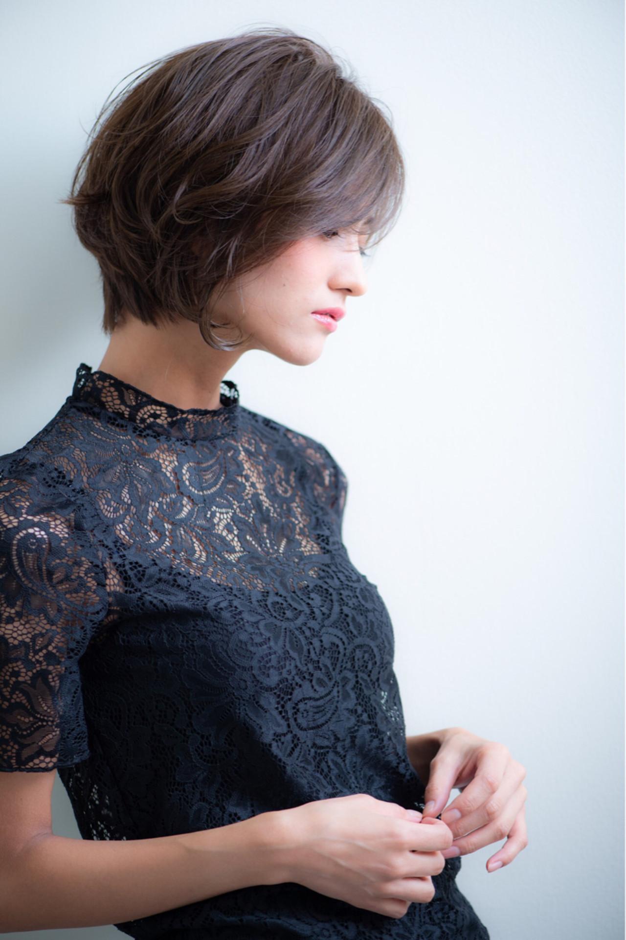 セクシー ショート 大人女子 オフィス ヘアスタイルや髪型の写真・画像