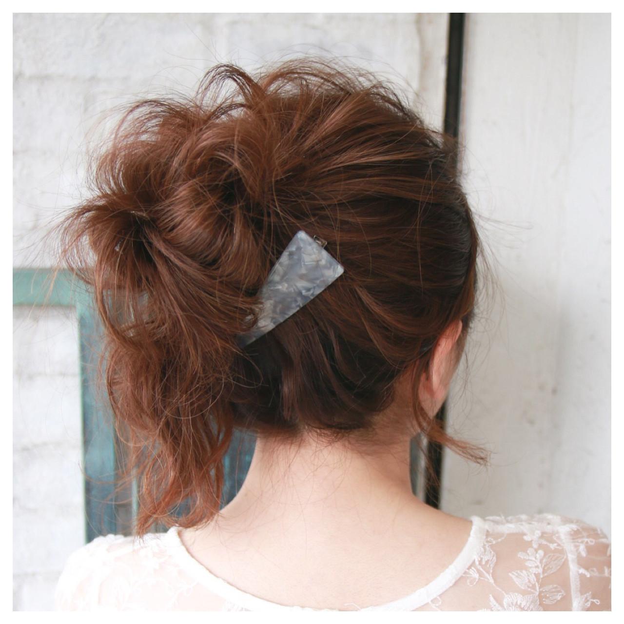 お団子 春 フェミニン ヘアアレンジ ヘアスタイルや髪型の写真・画像