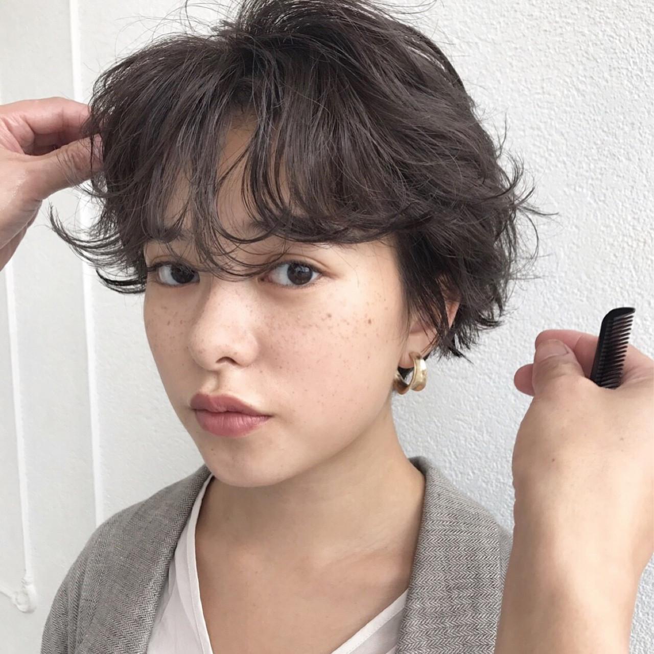 ショートボブ ナチュラル ショート パーマ ヘアスタイルや髪型の写真・画像