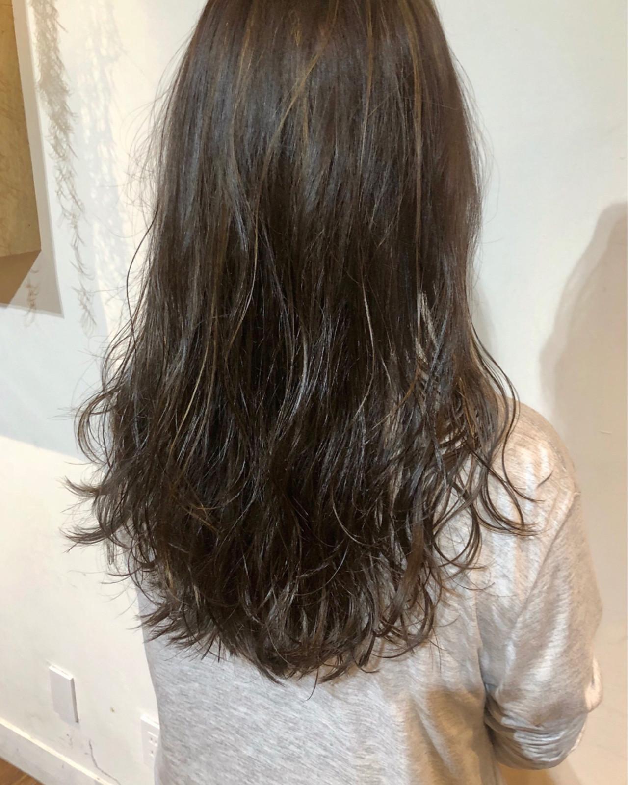 1番モテる髪型に合わせたい!ハイライトブラウン ナカザワ アオク