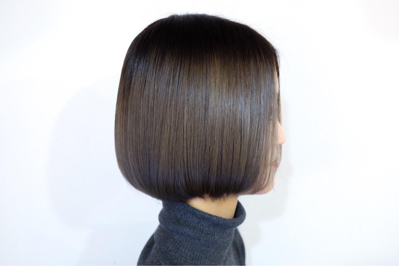 髪の美しさが映えるミディアムボブ Maxi  kuraku