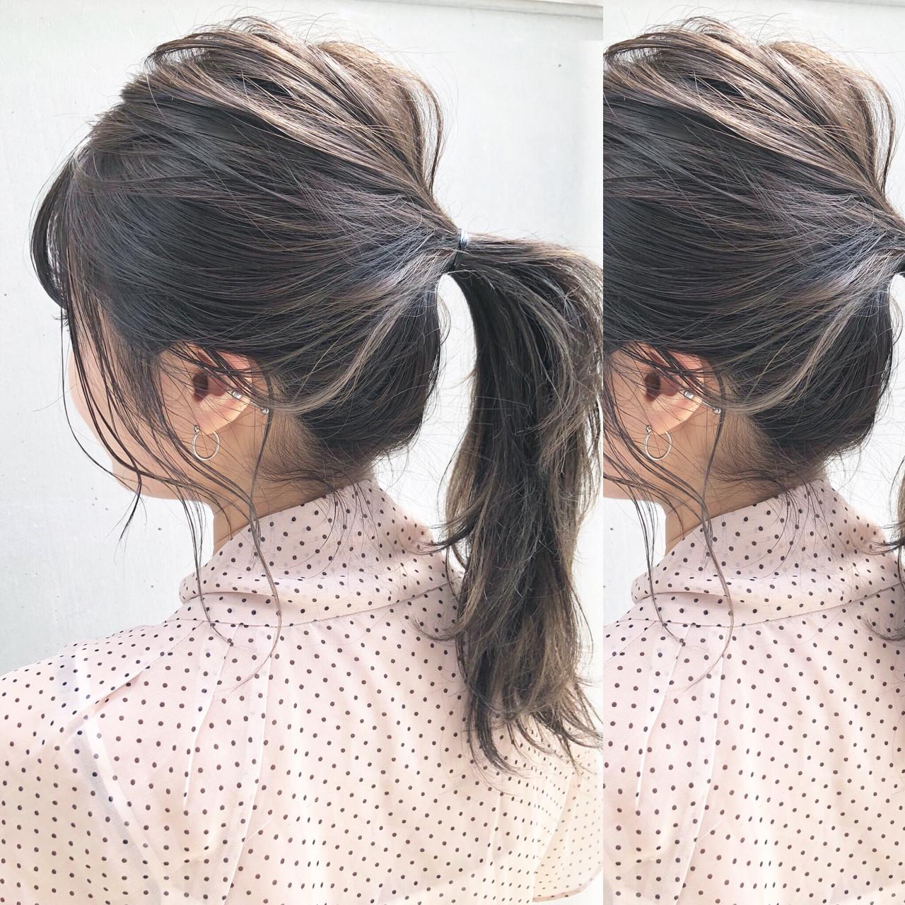 インナーカラー アッシュ ミディアム 簡単ヘアアレンジ ヘアスタイルや髪型の写真・画像