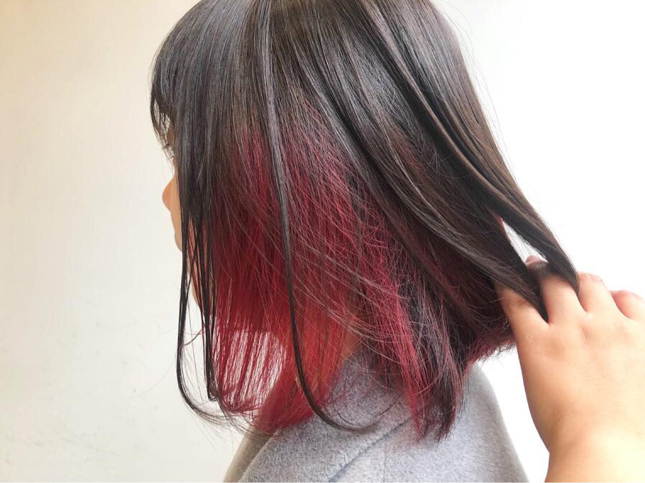 インナーカラー 色気 ワンレングス レッド ヘアスタイルや髪型の写真・画像