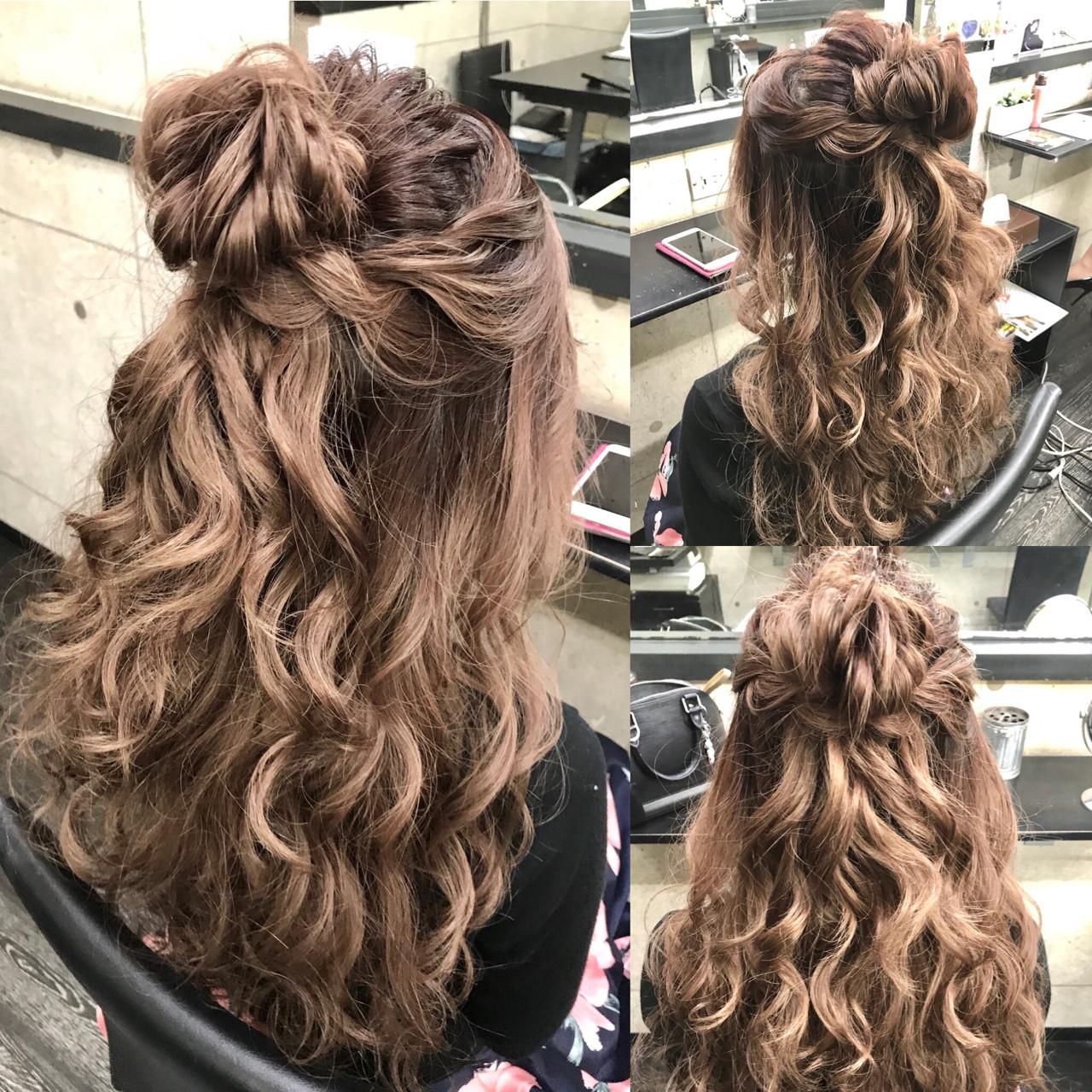 ハーフアップ デート 大人女子 フェミニン ヘアスタイルや髪型の写真・画像