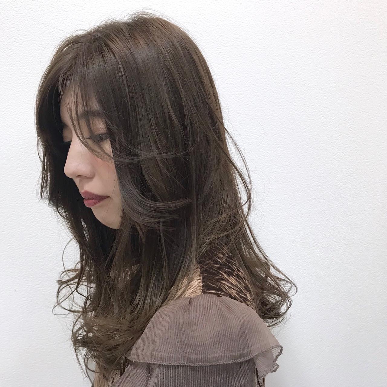 ハイライト アンニュイほつれヘア デート 透明感 ヘアスタイルや髪型の写真・画像
