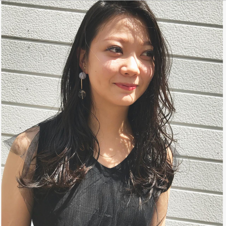 コンサバ ロング デート 黒髪 ヘアスタイルや髪型の写真・画像