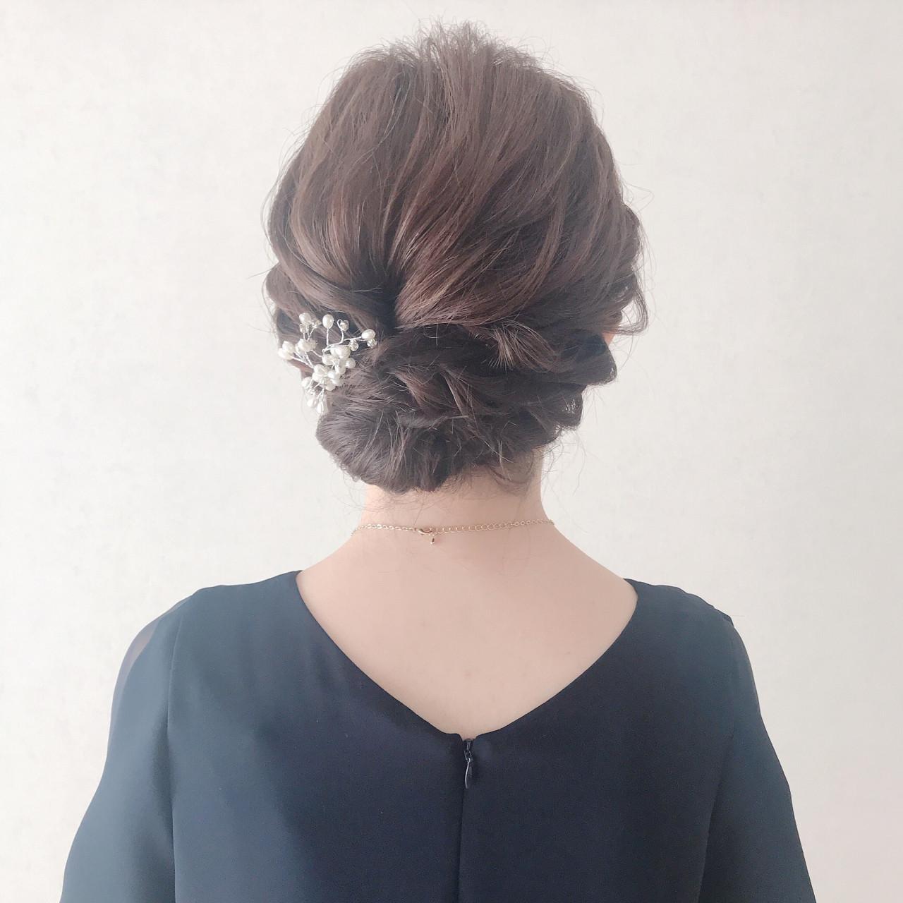 ゆるふわ ウェーブ ヘアアレンジ 上品 ヘアスタイルや髪型の写真・画像