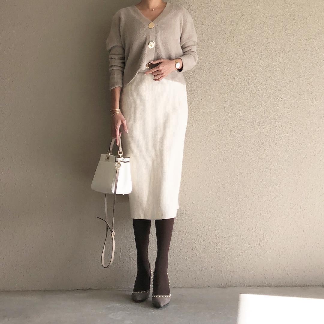 ホワイトのタイトスカートで上品コーデ saaaay_k