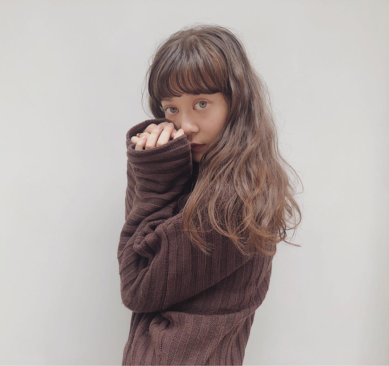 波ウェーブ チョコレート セミロング フェミニン ヘアスタイルや髪型の写真・画像