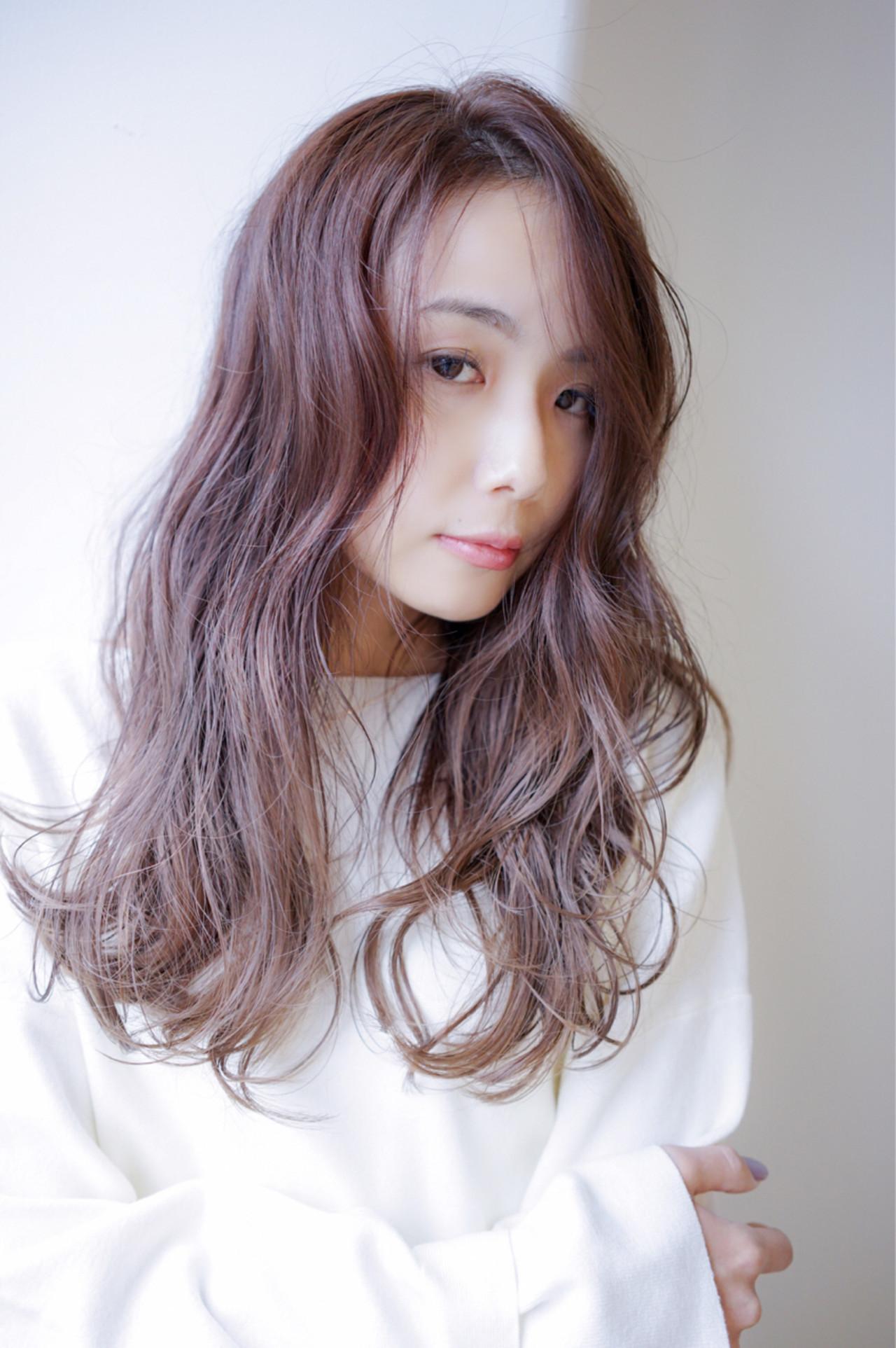 落ち着いたラベンダーグレージュのステキヘア 田渕 英和/vicushair