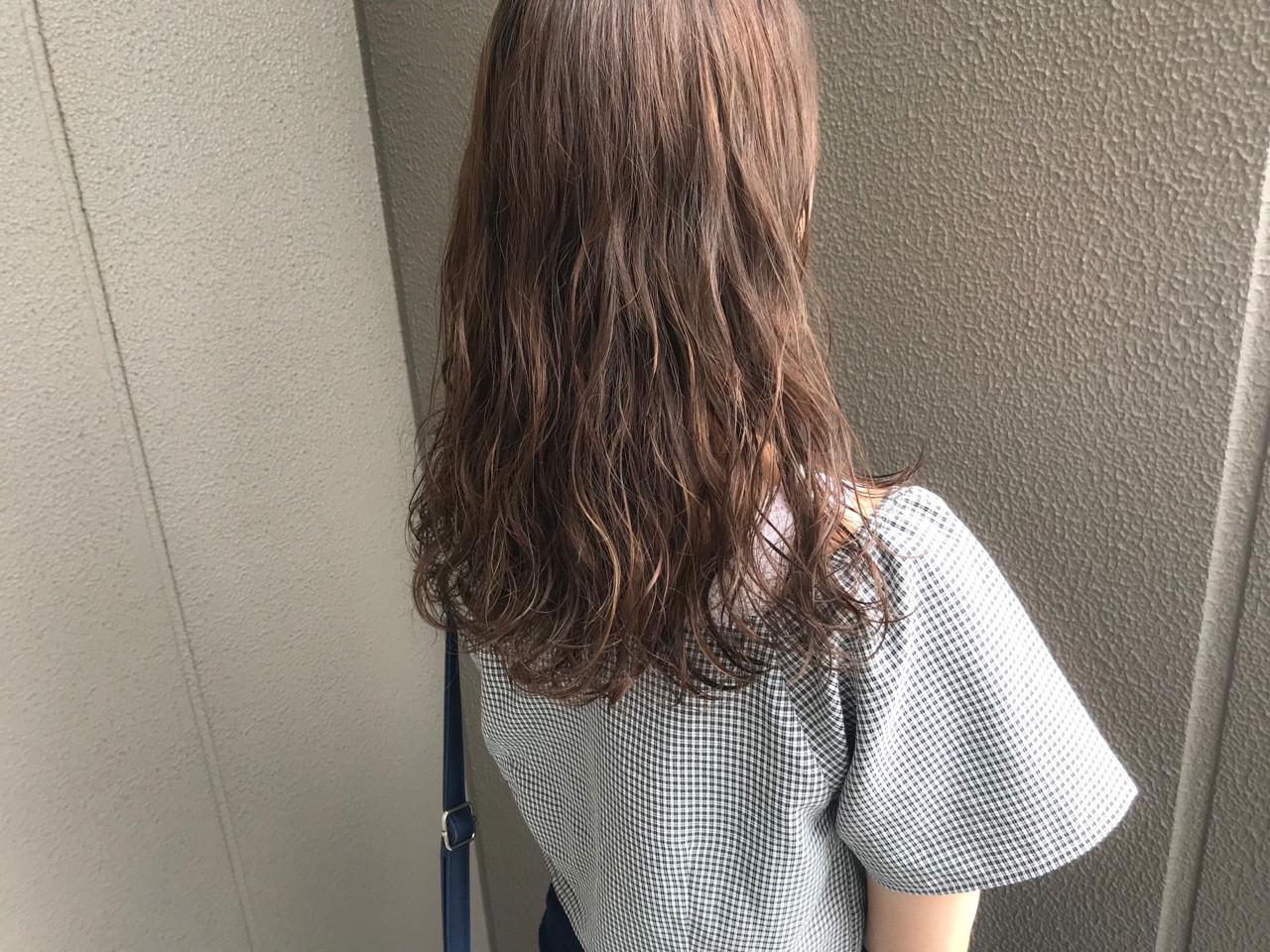 パーマ 毛先パーマ デート セミロング ヘアスタイルや髪型の写真・画像
